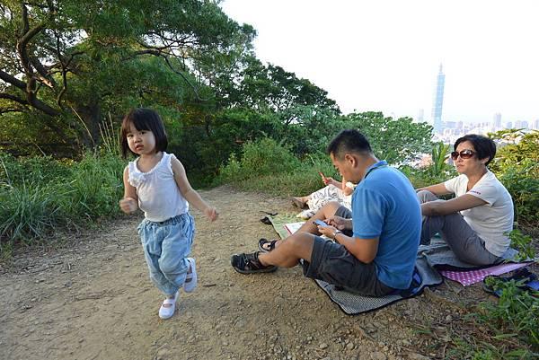亞亞的攻頂野餐記 (24).JPG