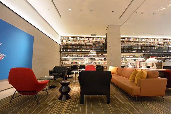 台北市誠品行旅:The Lounge (3).JPG