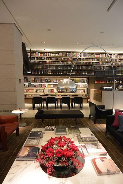台北市誠品行旅:The Lounge (4).JPG