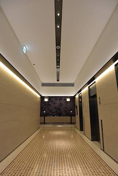 台北市誠品行旅:The Lounge (8).JPG