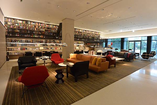 台北市誠品行旅:The Lounge (13).JPG