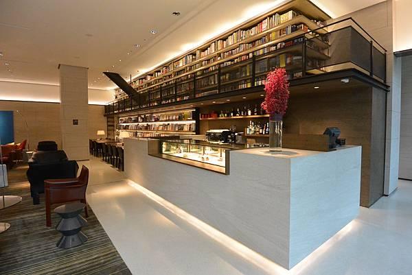 台北市誠品行旅:The Lounge (16).JPG