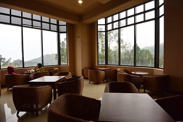 宜蘭縣頭城鎮MR. BROWN Cafe頭城城堡咖啡二館 (14).JPG