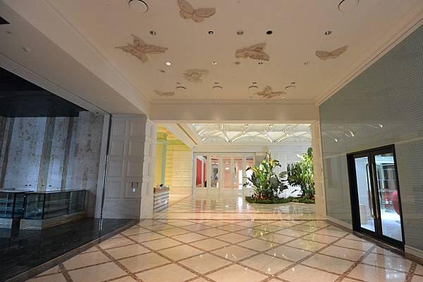 台中市台中林酒店:LV百匯 (6).JPG