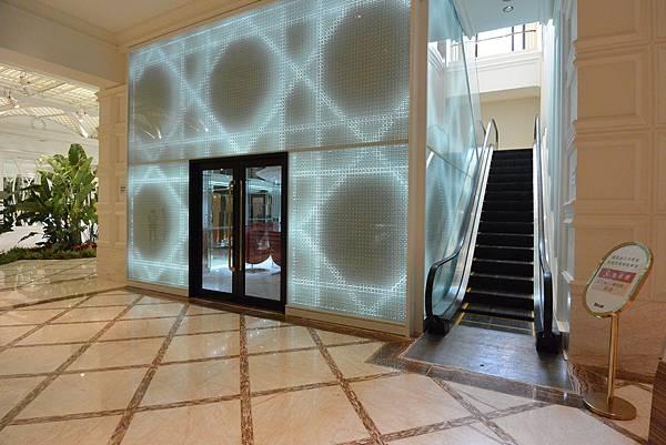 台中市台中林酒店:LV百匯 (7).JPG
