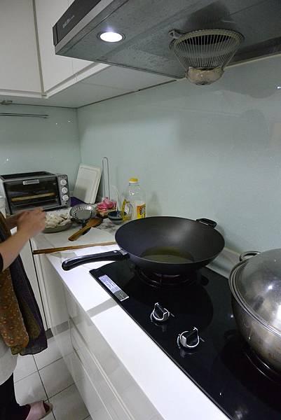 亞亞的新年夜間料理時間 (3).JPG