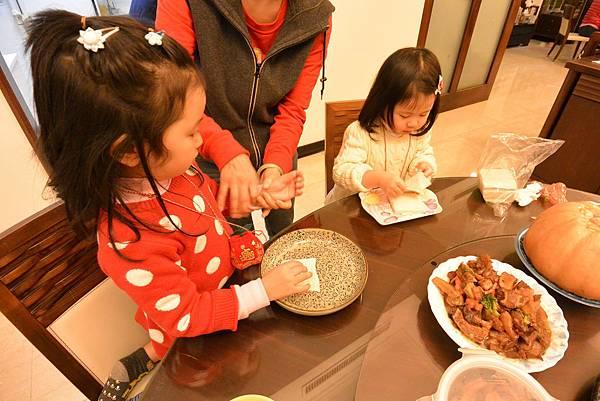 亞亞的新年夜間料理時間 (9).JPG