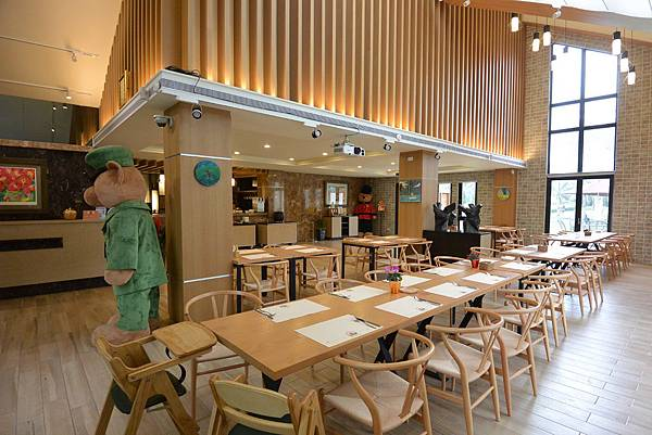 花蓮縣壽豐鄉雲山水有熊的森林:大廳+餐廳 (14).JPG
