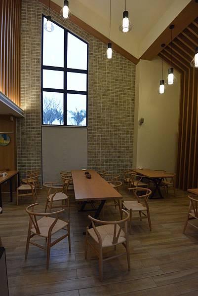 花蓮縣壽豐鄉雲山水有熊的森林:大廳+餐廳 (20).JPG