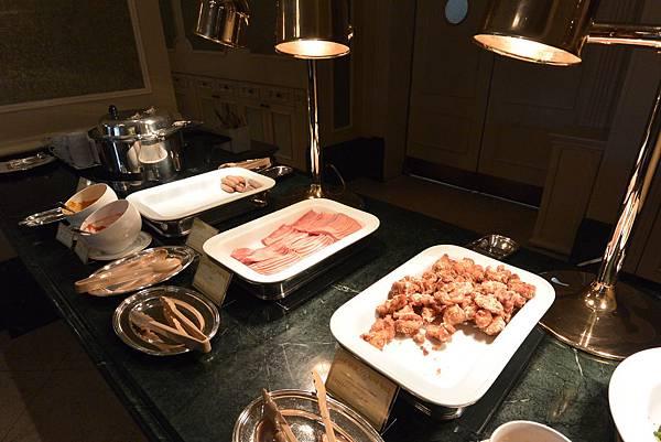 日本千葉県浦安市東京ディズニーランドホテル:ブッフェレストラン シャーウッドガーデン・レストラン (24).JPG