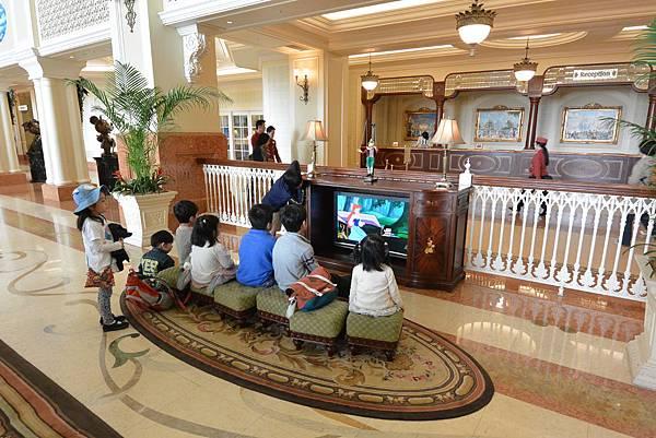 日本千葉県浦安市東京ディズニーランドホテル:ロビー (7).JPG