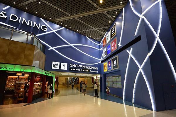 第1ターミナル 中央ビル 4F (1).JPG