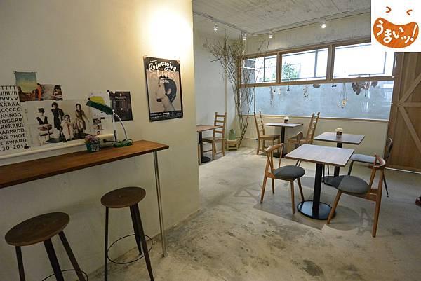 台北市儲房咖啡館 (1).JPG