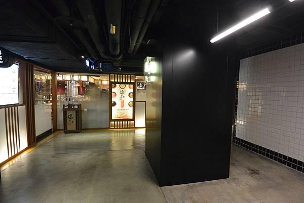 台北市HOYII北車站 (14).JPG