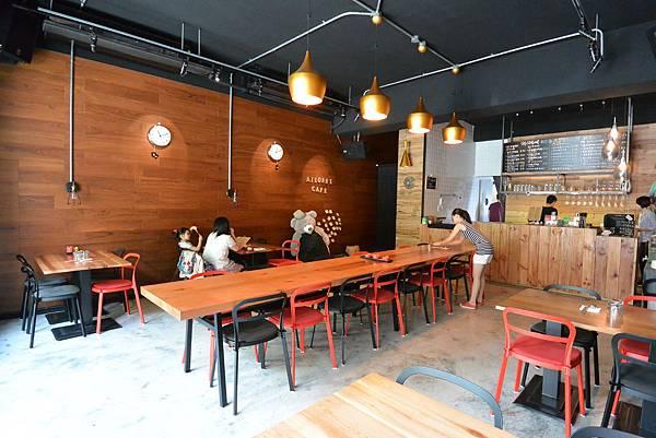 台北市AJEOSSI CAFE' (6).JPG