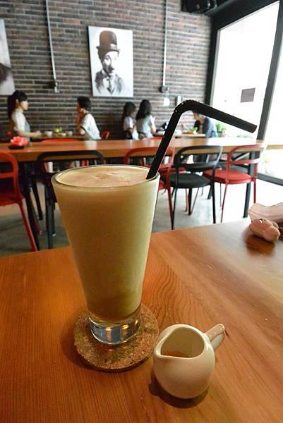 台北市AJEOSSI CAFE' (27).JPG