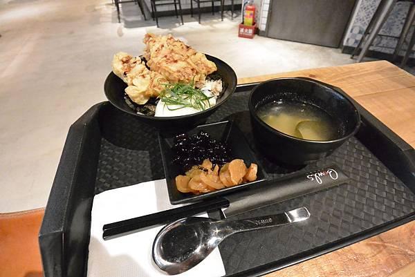 台北市FAVtory快‧食‧尚:Bowls丼飯專賣店 (6).JPG