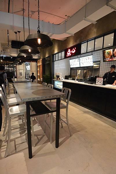 台北市FAVtory快‧食‧尚:Bowls丼飯專賣店 (11).JPG