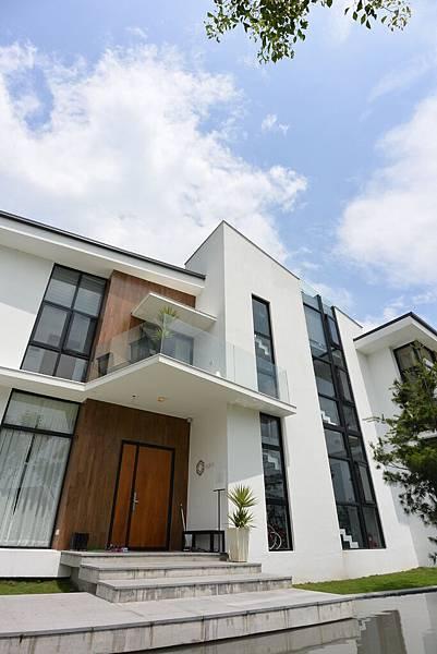 宜蘭縣冬山鄉AURA Villa:外觀【盜攝版】 (6).JPG