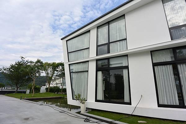 宜蘭縣冬山鄉AURA Villa:外觀【盜攝版】 (28).JPG