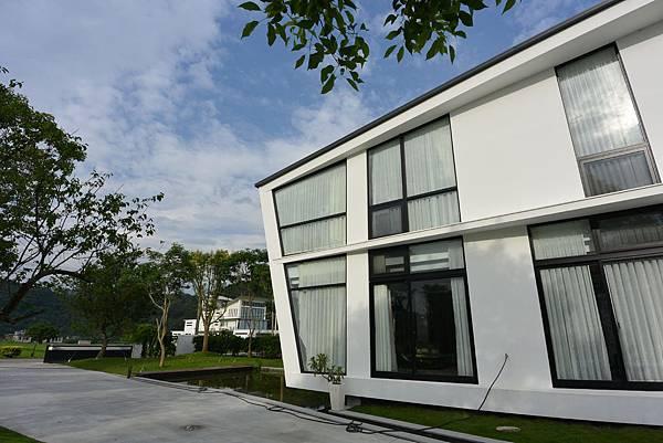 宜蘭縣冬山鄉AURA Villa:外觀【盜攝版】 (39).JPG