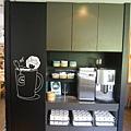 宜蘭縣礁溪鄉捷絲旅礁溪館:Just Cafe' (5).JPG