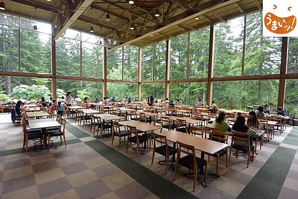 日本北海道勇払郡ザ・ヴィレッジアルファ:森のレストラン ニニヌプリ (1).JPG