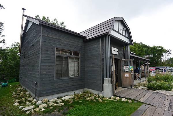 日本北海道富良野市ニングルテラス (17).JPG