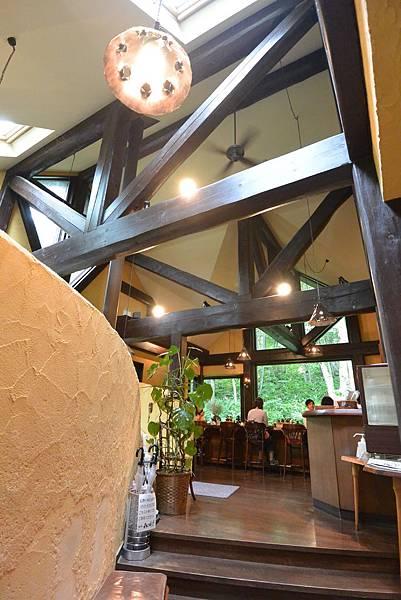 日本北海道富良野市ニングルテラス:珈琲 森の時計 (8).JPG