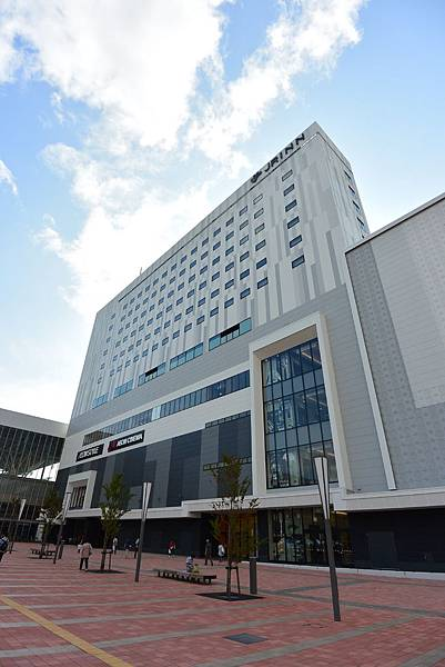 日本北海道旭川市JRイン旭川:大廳+外觀+枕コーナー (14).JPG