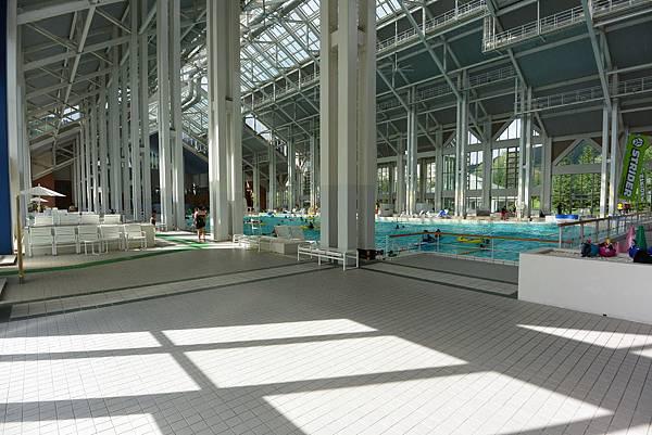 日本北海道勇払郡星野リゾートトマム:ミナミナビーチ (30).JPG
