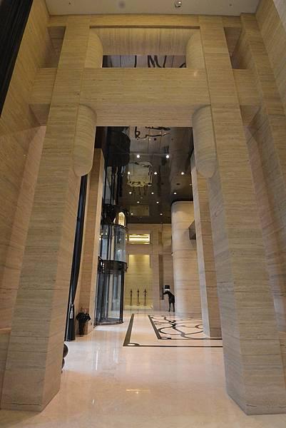 亞亞的台中豪宅初體驗:公共空間 (1).JPG
