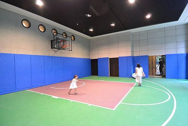 亞亞的台中豪宅初體驗:公共空間 (2).JPG