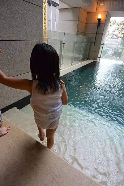 亞亞的台中豪宅初體驗:公共空間 (8).JPG