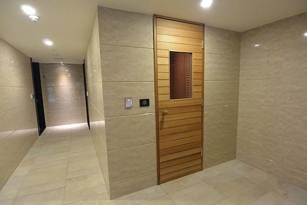 亞亞的台中豪宅初體驗:公共空間 (11).JPG