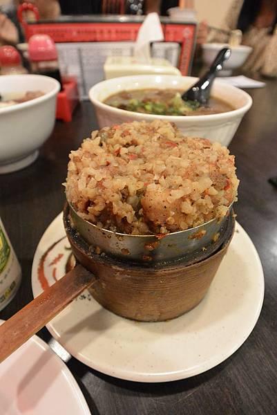 台北市老張牛肉麵店總店 (6).JPG