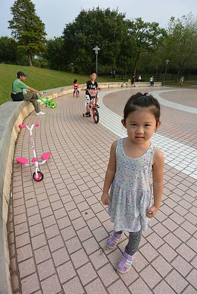 亞亞的野餐約會《大溪埔頂公園》 (30).JPG