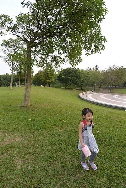 亞亞的野餐約會《大溪埔頂公園》 (44).JPG