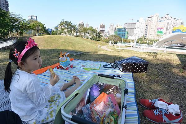 亞亞的野餐約會《文心森林公園》 (1).JPG