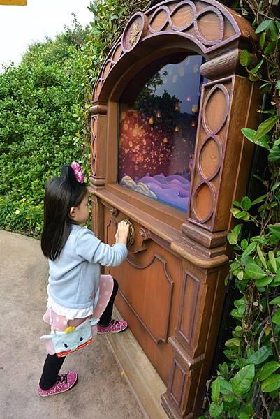 香港迪士尼樂園:童話園林 (12).JPG