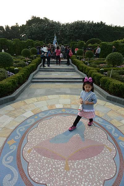 香港迪士尼樂園:童話園林 (13).JPG