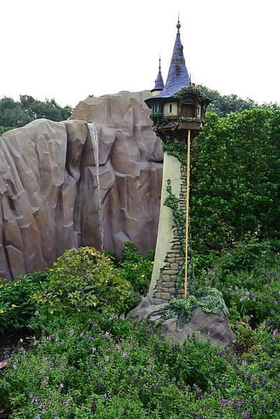 香港迪士尼樂園:童話園林 (20).JPG