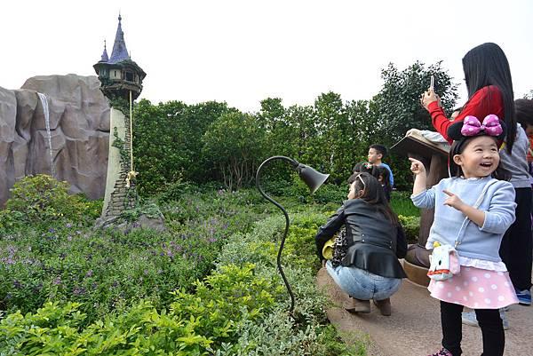 香港迪士尼樂園:童話園林 (23).JPG