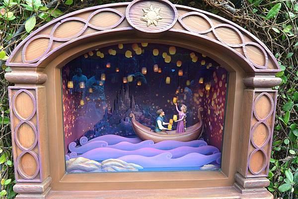 香港迪士尼樂園:童話園林 (26).JPG
