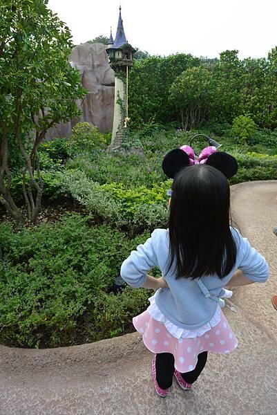 香港迪士尼樂園:童話園林 (28).JPG