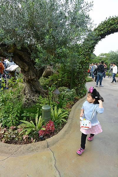 香港迪士尼樂園:童話園林 (29).JPG