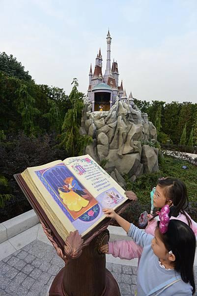 香港迪士尼樂園:童話園林 (38).JPG