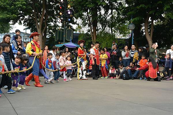 香港迪士尼樂園:迪士尼飛天巡遊 (7).JPG