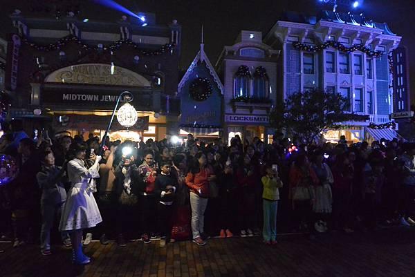 香港迪士尼樂園:《魔雪奇緣》聖誕亮燈禮 (13).JPG