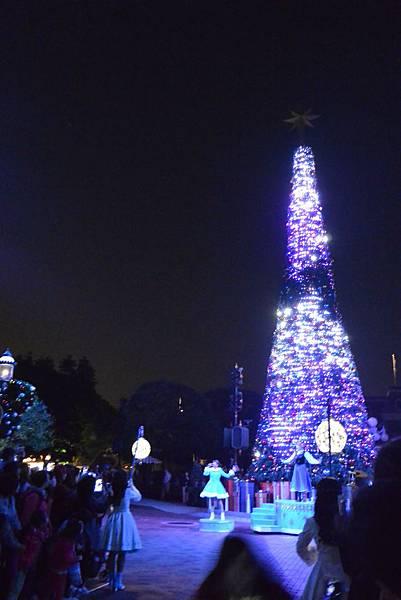 香港迪士尼樂園:《魔雪奇緣》聖誕亮燈禮 (16).JPG